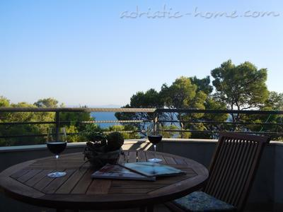 Apartments Tri sestrice - Green, Hvar, Croatia - photo 4