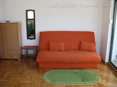 Apartments JELENA, Herceg Novi, Montenegro - photo 4