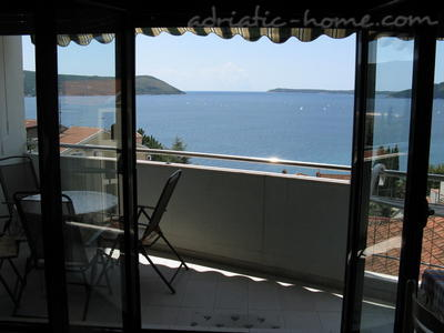 Apartments JELENA, Herceg Novi, Montenegro - photo 2