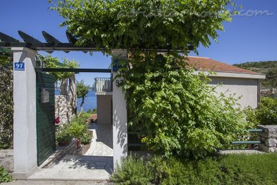 Leiligheter Villa Peggy, apartment  just by the sea, Šolta, Kroatia - bilde 12