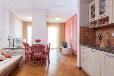 Studio apartment  Vranjes 2+1****, Brela, Croatia - photo 3