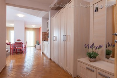 Studio apartment  Vranjes 2+1****, Brela, Croatia - photo 7