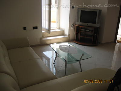 "Apartment ""Kod Kule"", Cres, Croatia - photo 5"