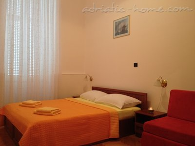 "Appartementen ""Near Tower"", Cres, Kroatië - foto 9"