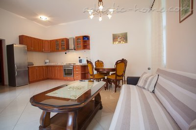 "Apartments ""Near Tower"", Cres, Croatia - photo 4"