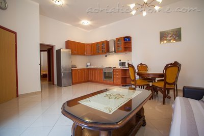 "Apartments ""Kod Kule"", Cres, Croatia - photo 3"