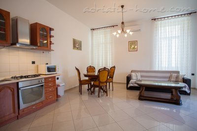 "Appartementen ""Near Tower"", Cres, Kroatië - foto 6"