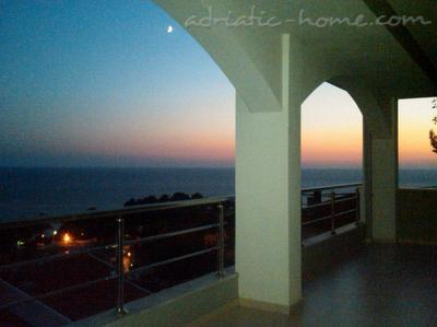 Apartments White Rose Apt 2, Ulcinj, Montenegro - photo 3