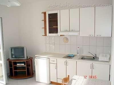 Apartments RAŠICA II, Molunat (Konavle), Croatia - photo 3
