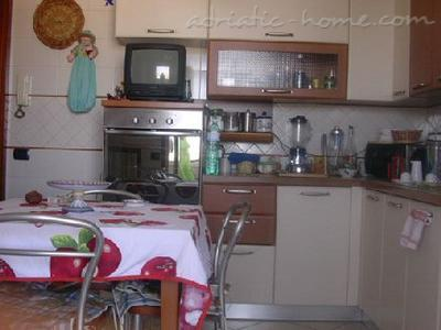 Bed&Breakfast Silvana, Salerno, Italy - photo 5