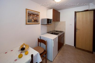 Apartments Mihaela A1, Poreč, Croatia - photo 2