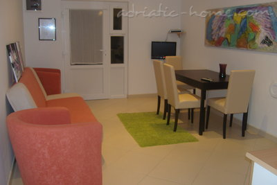 Apartments Tomić, Vodice, Croatia - photo 5