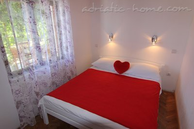 Leiligheter Villa Marija - Romantic House near the beach, Pirovac, Kroatia - bilde 5