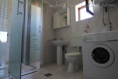 Apartamentos Villa Marija - Romantic House near the beach, Pirovac, Croacia - foto 10