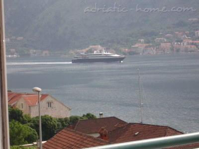 Apartments DELAC, Kotor, Montenegro - photo 11