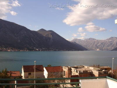 Apartments DELAC, Kotor, Montenegro - photo 4