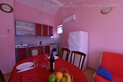 Apartments DELAC 2, Kotor, Montenegro - photo 3