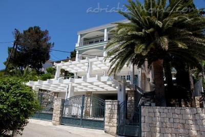 Apartments White Rose Apt 3, Ulcinj, Montenegro - photo 3