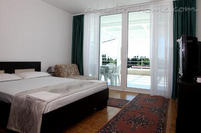 Apartments White Rose Apt 3, Ulcinj, Montenegro - photo 9