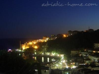 Apartments White Rose Apt 4, Ulcinj, Montenegro - photo 15