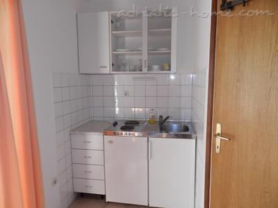 Studio apartment DOLAC A2, Hvar, Croatia - photo 4