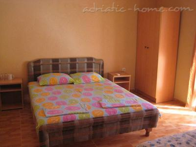 Apartamentos HOLIDAY economic for 2, Ulcinj, Montenegro - foto 4