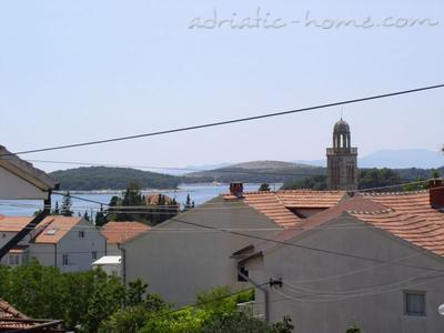 Apartments Tudor House, Hvar, Croatia - photo 2