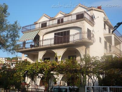 Apartments Villa Mirella, Trogir, Croatia - photo 1