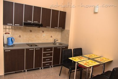 Studio apartment VILA NATALI 3/B (LUX) ****, Herceg Novi, Montenegro - photo 4