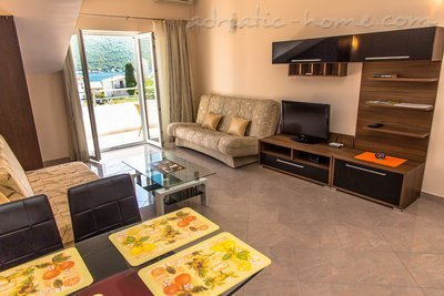 Studio apartment VILA NATALI 3/B (LUX) ****, Herceg Novi, Montenegro - photo 3