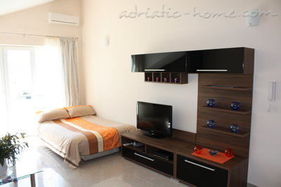 Studio apartment VILA NATALI 3/B (LUX) ****, Herceg Novi, Montenegro - photo 7