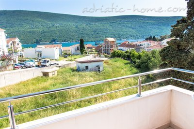 Apartments VILA NATALI 4/B (LUX) ****, Herceg Novi, Montenegro - photo 10