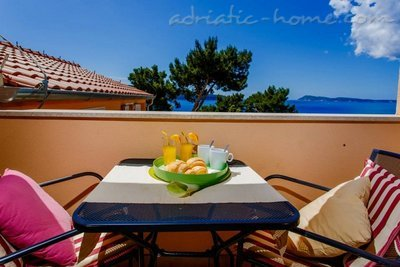 Apartments Villa-Mare Komiža, Vis, Croatia - photo 12