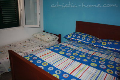 House Apartman Lozić, Vinišće, Croatia - photo 5