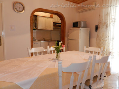 Apartments Milka A5, Vodice, Croatia - photo 2