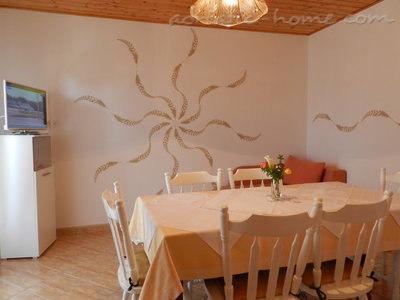 Apartments Milka A5, Vodice, Croatia - photo 3
