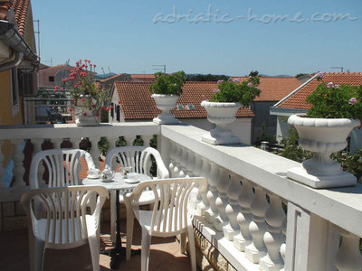 Apartments Milka A4+1, Vodice, Croatia - photo 7