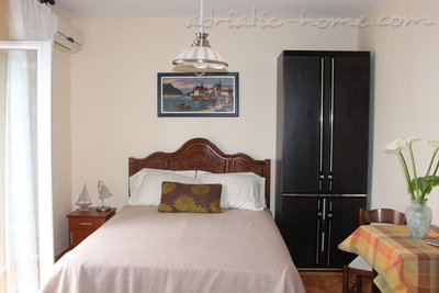 Studio apartment VILLA VUKOVIĆ V., Petrovac, Montenegro - photo 2