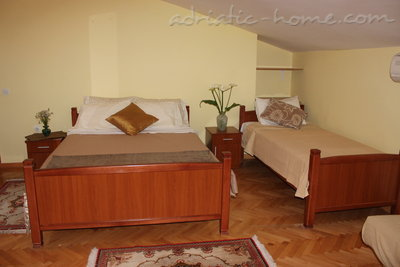 Studio apartment VILLA VUKOVIĆ V. II, Petrovac, Montenegro - photo 2