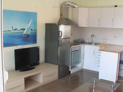Apartments Nada, Herceg Novi, Montenegro - photo 3