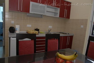 Apartments DOŠLJAK DRAGAN , Tivat, Montenegro - photo 4