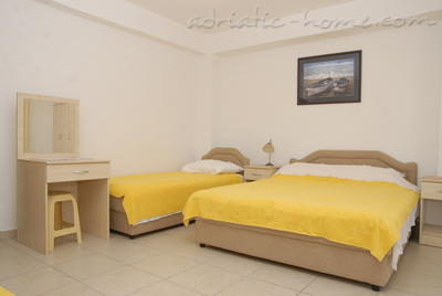 Apartments DOŠLJAK DRAGAN , Tivat, Montenegro - photo 6