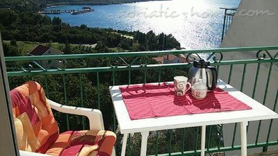 Studio apartment House Matija, Plat (Dubrovnik), Croatia - photo 1