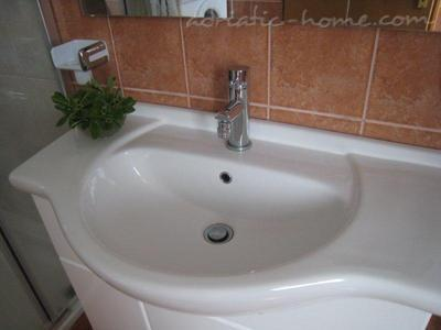 Appartements Ivankovic - Crveni, Preko, Croatie - photo 9