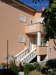 Studio apartment S2, Krk, Croatia - photo 2