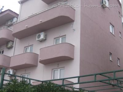 Apartments Luxury Lili, Makarska, Croatia - photo 2