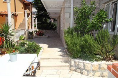 Apartments Villa Senjo-AP3, Cavtat, Croatia - photo 5