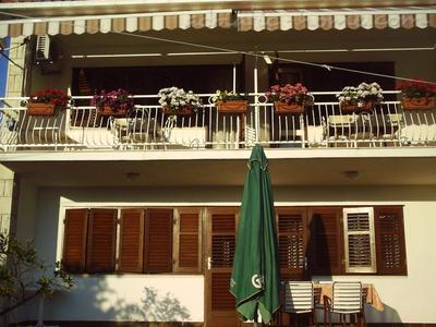 Apartment Villa Miro Sumartin, Brač, Croatia - photo 4