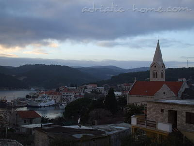 Apartment Villa Miro Sumartin, Brač, Croatia - photo 5
