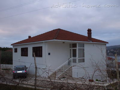 Apartment Villa Miro Sumartin, Brač, Croatia - photo 6